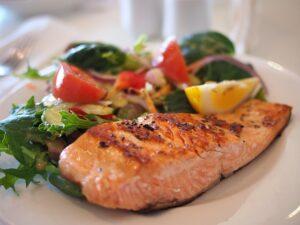 lax är rikt på omega 3 som är en bra fettsyra
